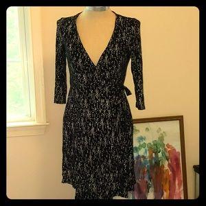 3/4 sleeve pattern dots wrap dress